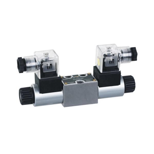 Rexroth 4WE10W3X/CG24N9K4 Solenoid directional valve #1 image
